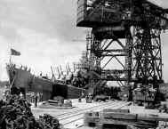 USS in Yoko.jpg (56530 bytes)